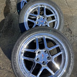 "2001 Chevy Corvette 18"" Wheels Rear 17"" Front for Sale in Gilroy, CA"
