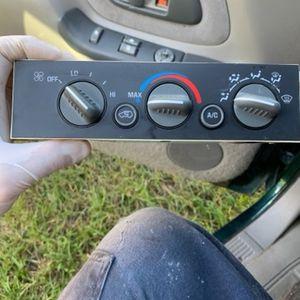A/C Control Panel Chevy GMC Truck for Sale in Miami, FL