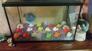 Medium size fish tank for Sale in Philadelphia, PA