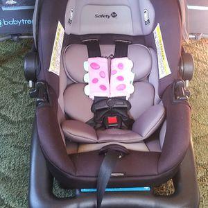 Car Seat (Safety 1st) for Sale in Hazlehurst, GA