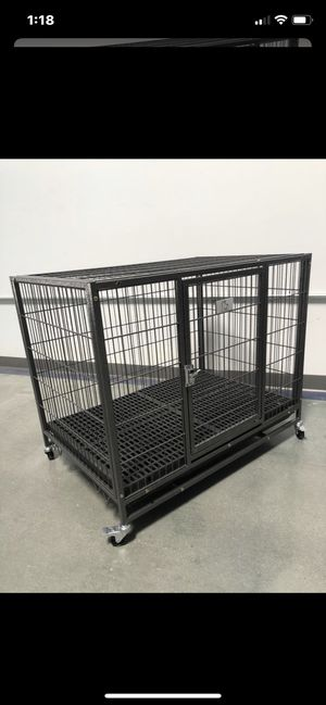 Brand new large 37 inch heavy duty dog pet cage crate kennel with comfy plastic floor with plastic tray😊🐶L37XW25XH30 for Sale in Las Vegas, NV