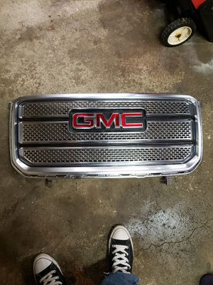 GMC grill, no tabs broken, fits Sierra or Yukon. Part number #375006 for Sale in Chicago, IL