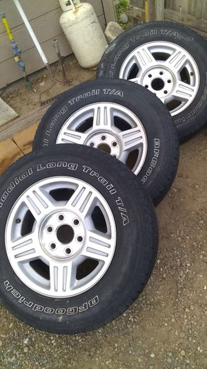 P345/70R 17 for Sale in Kennewick, WA