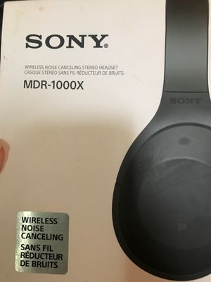 SONY MDR- 1000x headphones- wireless- only worn twice !! for Sale in Escondido, CA