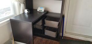 Small Corner Desk for Sale in Akron, OH