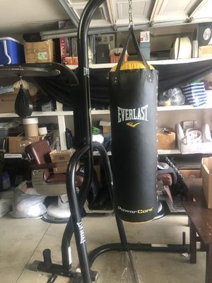 Punching bag/ speed bag with stand for Sale in Murrieta, CA