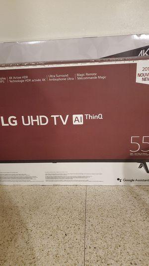 Tv nuevo, nunca se ha usado esta en su caja fue comprado para un envió a otro país pero ya no será así for Sale in Groves, TX