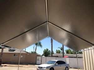 👍Canopy 10 x 10 with heavy duty tarp included for Sale in Tampa, FL
