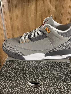Nike Air Jordan Retro 3 Cool Grey for Sale in Milwaukie,  OR