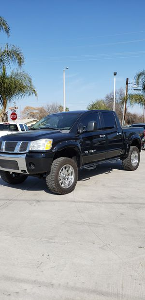 2007 nissan titan for Sale in Farmersville, CA