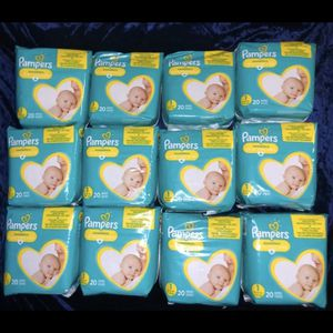 Pampers Newborn And Size 1 (message First) for Sale in Las Vegas, NV