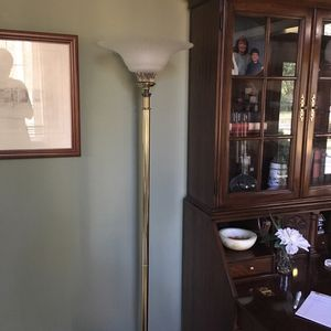 Quozel dining room chandelier, wall sconces, and matching floor lamp for Sale in Venetia, PA