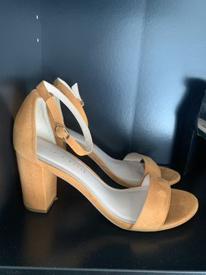Heels size 7.5 for Sale in Campbell, CA