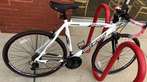 Road bike new with free lock and chain for Sale in New York, NY