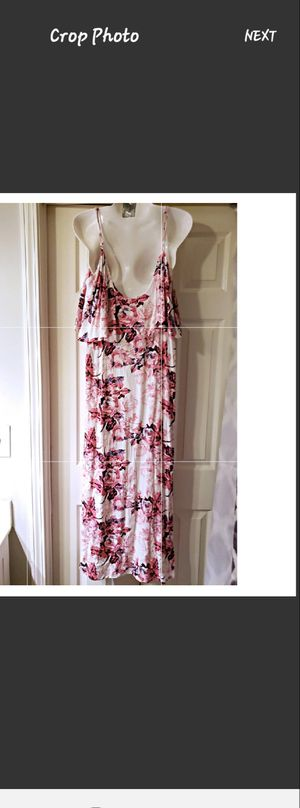 NWOT FOREVER 21 DRESS WHITE WITH PINK FLOWERS SIZE L for Sale in Nashville, TN
