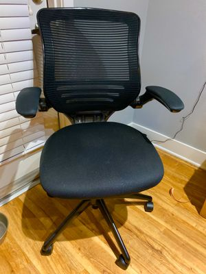 Office Chair In Black With Flip-Up Arms for Sale in Albuquerque, NM