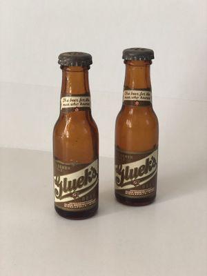 """Vintage Pair of Gluek's Mini Beer Bottle Salt And Pepper Shakers 3 1/4"""" for Sale in Redondo Beach, CA"""