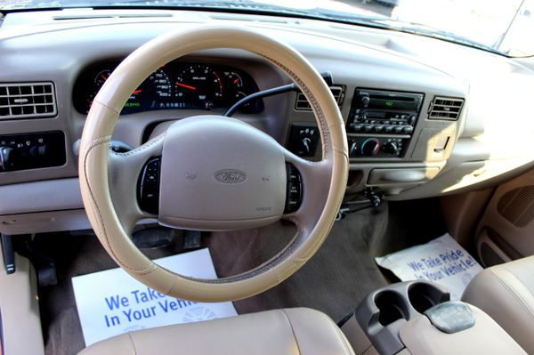 2002 Ford Super Duty F-350 DRW