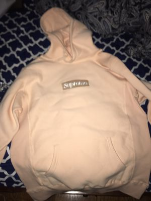 Supreme Peach box logo hoodie shooting sleeve for Sale in Great Neck, NY