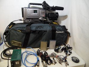 Panasonic AG.DVC200 3 CCD DV Proline Digital Video Camcorder Professional Japan for Sale in Upper Darby, PA