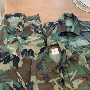 Army Camo Combat Shirts-Bundle Of 4 LG for Sale in Chandler, AZ