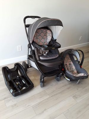 Graco baby stroller combo for Sale in Phoenix, AZ