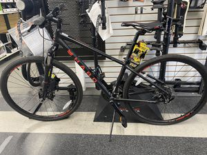 NEW HARO MOUNTAIN BIKE for Sale in Los Angeles, CA