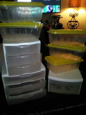 STORAGE CONTAINERS ALL FOR 20$ for Sale in Fresno, CA