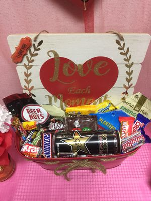 Gift baskets for Sale in Fayetteville, NC