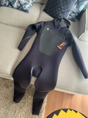 Wetsuit F-Bomb Hooded CZ 6/5/4 *BRAND NEW* for Sale in Hopedale, MA