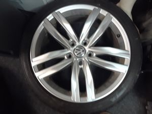 4 tires and rims for vw 5 holes for Sale in Chicago, IL