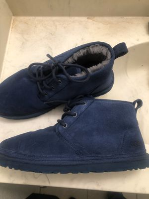 Size 10 Neumel Uggs (Low Top) Brand New for Sale in Arlington, TX