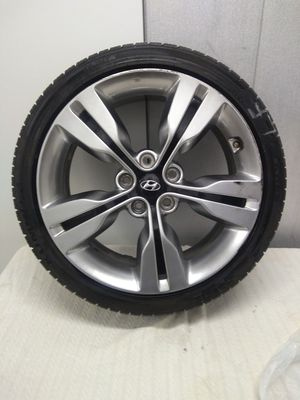 2 - KUMHO SOLUS 215/40R118 tires. 6 months or less old. Rims not included. for Sale in Chicago, IL