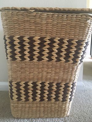 Wicker Laundry Basket for Sale in Alexandria, VA