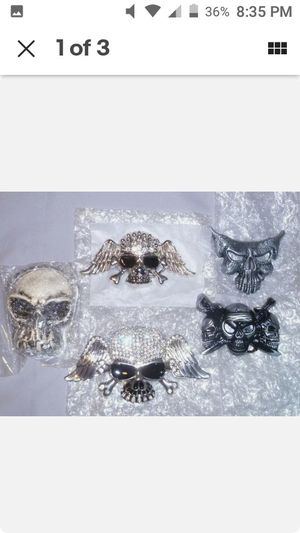Skulls belt buckle. Pirates belt buckle. LOT. Belt buckles. BRAND NEW for Sale in NEW PRT RCHY, FL