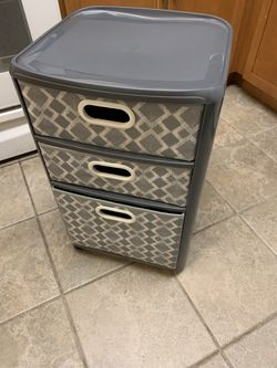Plastic Bathroom Bedroom 3-Drawer Organizer Storage for Sale in Newark,  NJ
