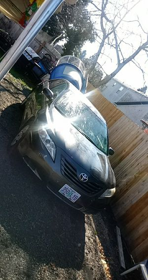 2009 toyota camry for Sale in Woodburn, OR