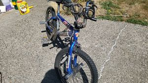 Mongoose K. O Cruiser bike, blue, with pegs, decent condition for Sale in Vancouver, WA
