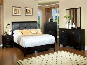 I have a beautiful queen bedrooms set in espresso same as a picture on sale $899 for Sale in Fresno, CA