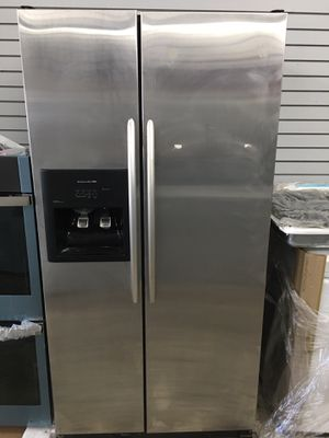 Kitchen aid stainless steel side by side refrigerator for Sale in Santa Ana, CA