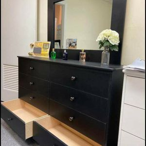 Brand New Black 8 Drawer Dresser With Mirror for Sale in Los Angeles, CA
