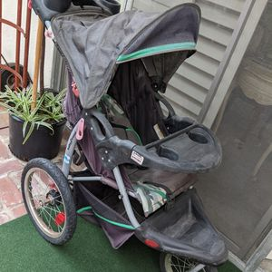 Baby Trend Stroller Walker Bassinet Carriage Good Used Shape Works Well for Sale in Long Beach, CA