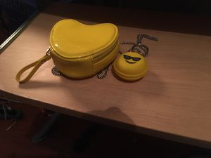 Heart shaped purse and head phone holder pick up only for Sale in St. Louis, MO