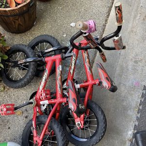 1-Toddler bike Remaining has Training wheels ($10) for Sale in Edgewood, WA