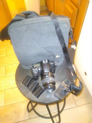 Nikon D7000 dslr camera bundle for Sale in East Hartford, CT