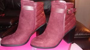 Suede & leather burgundy boots for Sale in Peoria, IL