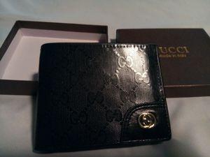 Gucci Designer Wallet ( Black) for Sale in DeSoto, TX