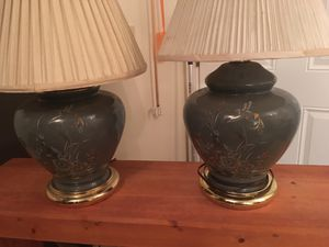 Set of lamps and come with lampshades for Sale in Newark, OH