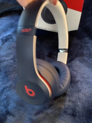 beats solo 3 wireless for Sale in Orange, CA
