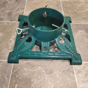 Cast Iron Christmas Tree Stand for Sale in Menifee, CA